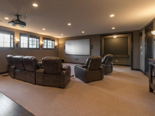 Home Theater/Bar